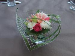 art floral centre de table grillag. Black Bedroom Furniture Sets. Home Design Ideas